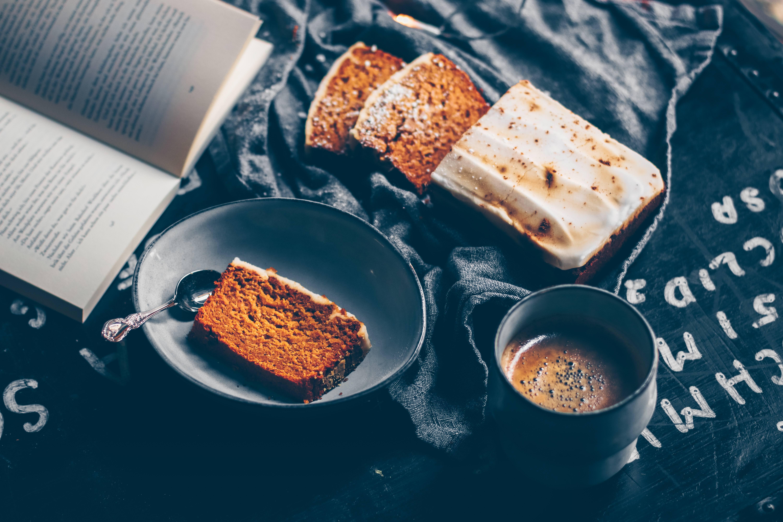 Kürbis Lebkuchen Cake mit zuckerfreiem Guss
