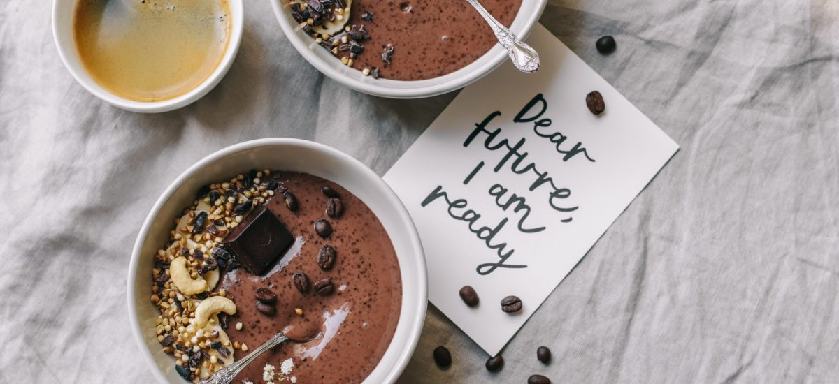 Coffee mocha smoothie bowl – a creamy treat without regrets